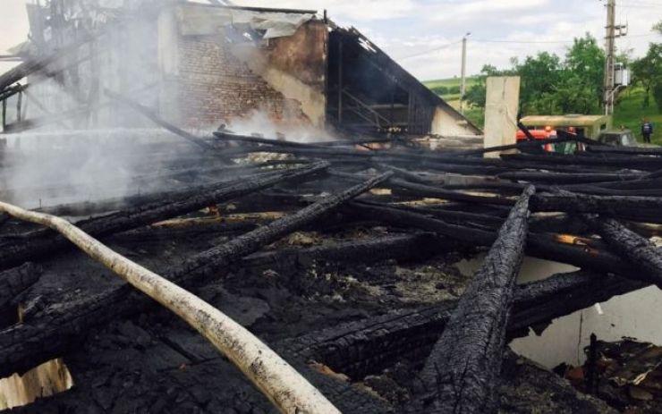 Tragedie | Un copil, de doar un an, a murit carbonizat într-un incendiu