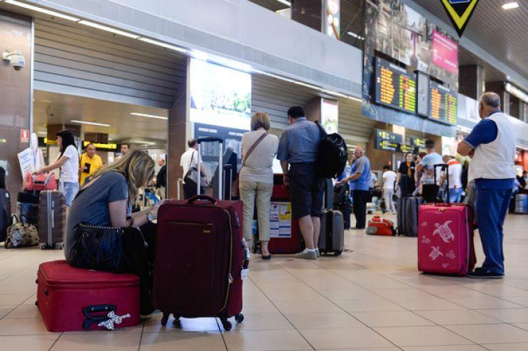 Wizz Air schimbă politica bagajelor de cabină