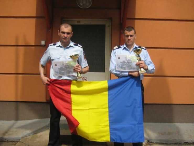"""Pompierii sătmăreni, locul I la concursul profesional """"SCĂRI"""" din Ungaria"""