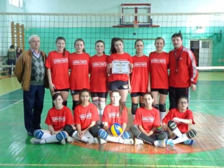 """VOLEI. Școala """"Ion Creangă"""", locul III la Olimpiada Națională a Sportului Școlar la Oradea"""
