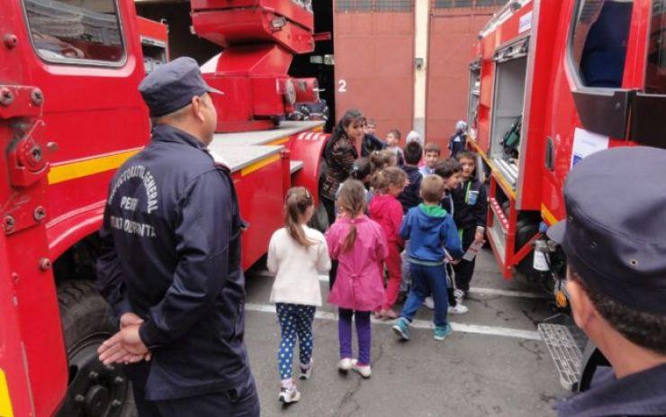 Porți deschise la pompieri de Ziua Protecției Civile