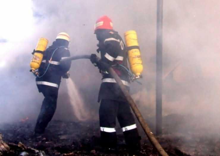 Incendiu în Gara de Sud Satu Mare