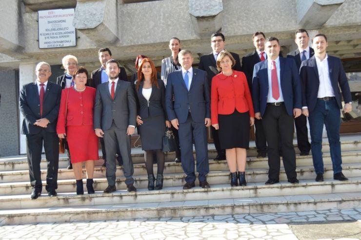 PSD Satu Mare a depus listele de candidați pentru alegerile parlamentare. Ioana Bran, Gabriel Leș și Octavian Petric, pe locuri eligibile