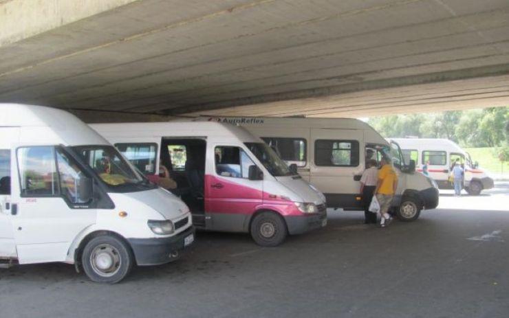 REVENIRE. Transportatorii județeni pot utiliza staţia de autobus situată la baza podului Decebal