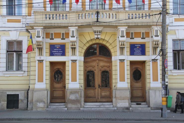 Reprezentanți ai primăriilor Satu Mare și Carei, prezenți la Cluj. Primăriile se plâng de legislația privind achizițiile publice