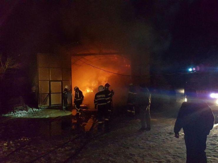 Incendiu de amploare în Iojib