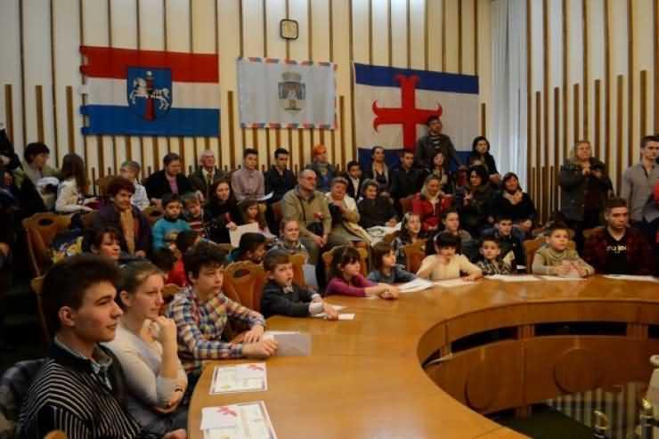 Primarul Dorel Coica a premiat azi peste 60 de sportivi sătmăreni