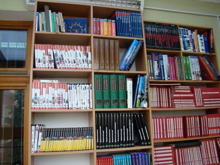 Biblioteca Județeană oferă permise gratuite pe 5 ani