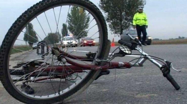 Biciclist accidentat grav lângă Halmeu