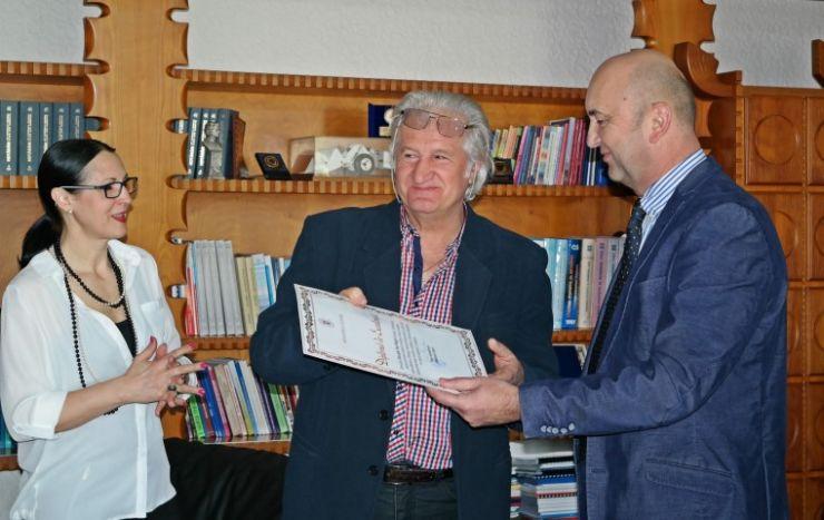 George Vulturescu s-a pensionat
