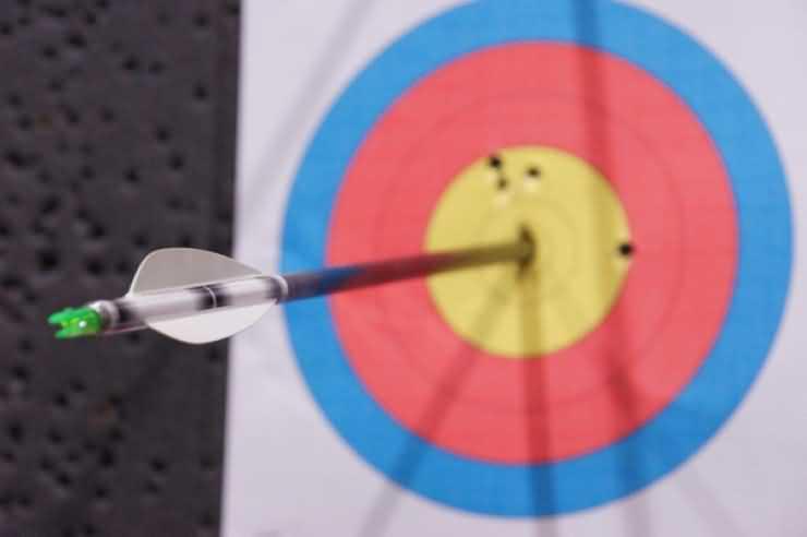 Concurs de tir cu arcul si prezentare despre tehnicile de tragere la distanță, la Carei