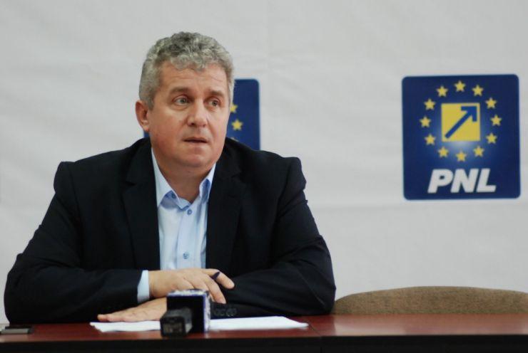 Eurodeputatul Daniel Buda va sesiza preşedintele Comisiei Europene cu privire la măsura de taxare a muncii part-time ca pe cea cu normă întreagă