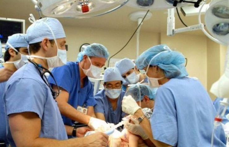 Medicii renunţă la proteste