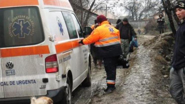 Drumurile județene deplorabile îngreunează deplasarea ambulanțelor la populație