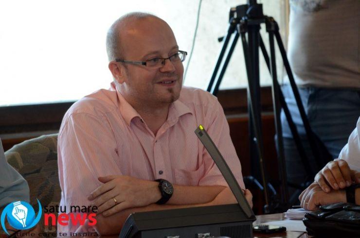 """Deputatul Kereskeny Gabor: """"Mâine începe debandada în programul județean de transport"""""""