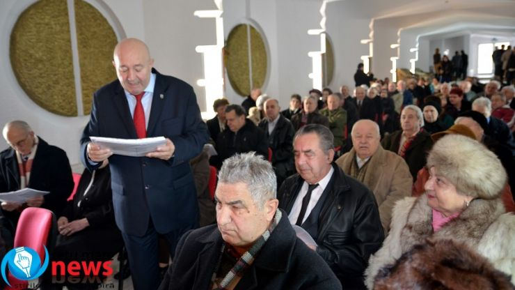 Cele mai longevive cupluri din Satu Mare, premiate și felicitate de primarul Dorel Coica