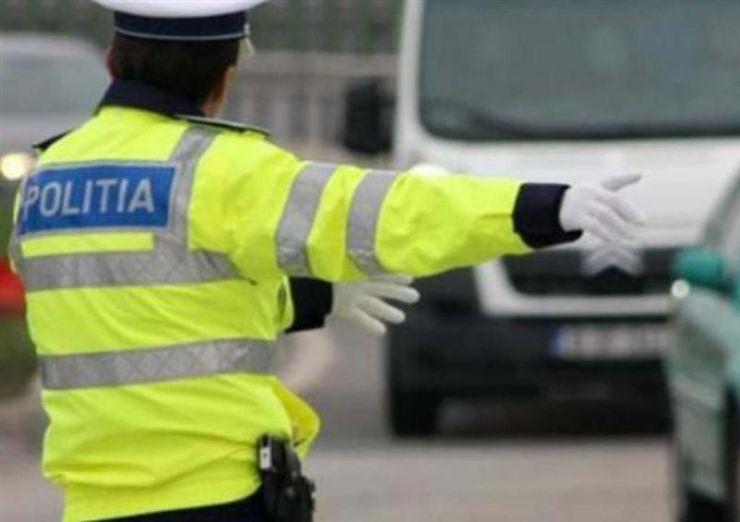 Record de amenzi aplicate de poliţiştii rutieri în primul weekend al anului