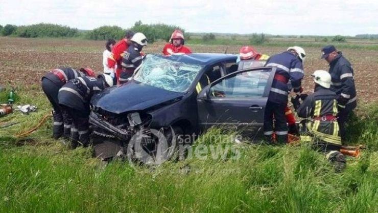 Accident rutier cu o persoana încarcerată, între Odoreu și Băbășești