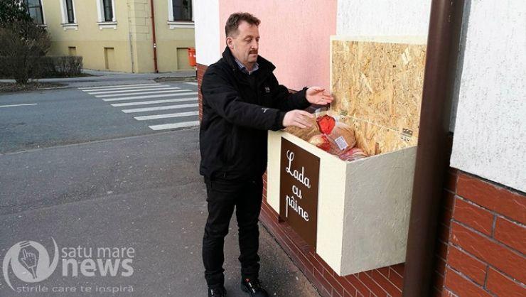Gesturile mari și caritatea sunt la ele acasă în Satu Mare! Lada cu pâine, umplută până la refuz de sătmărenii inimoși