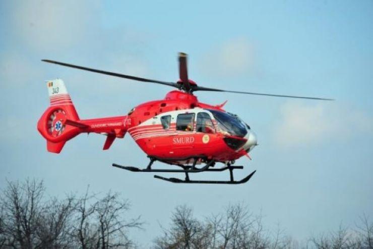 Copil în stare gravă, preluat cu elicopterul SMURD după ce a fost accidentat de un motocultor