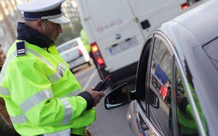 Tânăr din Ardud prins de poliție în trafic fără permis de conducere
