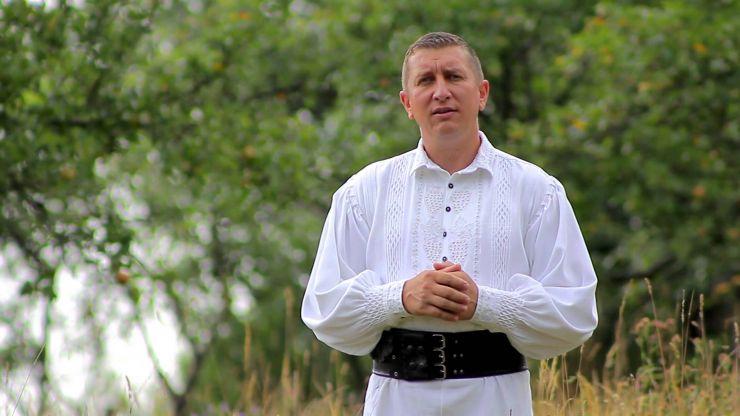 Concert de colinde tradiționale românești susținut de Petrică Mureșan