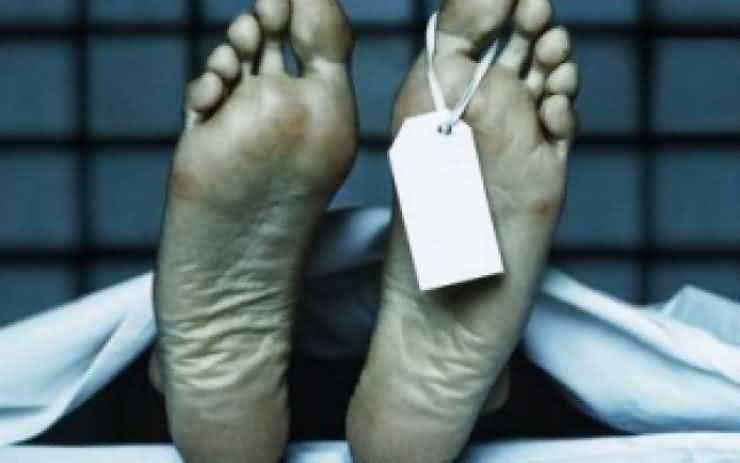 Cadavru în descompunere descoperit pe strada Dunării