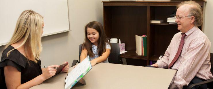 Zece centre de consiliere și orientare în carieră pentru elevii sătmăreni