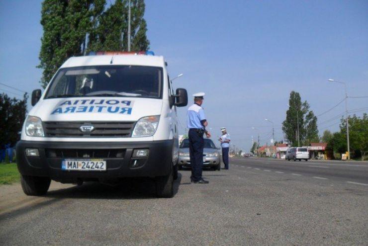 160 de șoferi vitezomani, sancționați de polițiștii rutieri sătmăreni în colaborare cu cei bihoreni