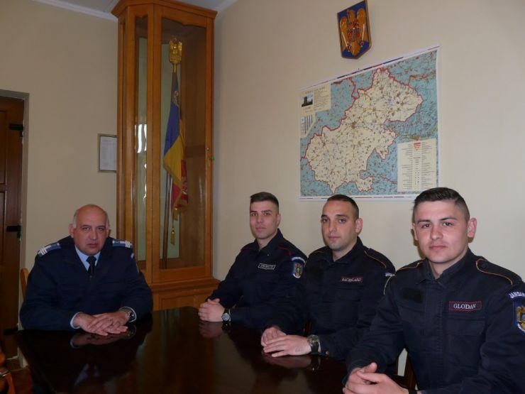 Elevi în practică la Jandarmeria Satu Mare