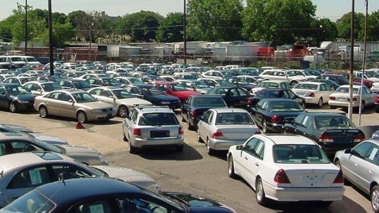 Piaţa de autoturisme second hand accelerează. Numărul de înmatriculări s-a dublat