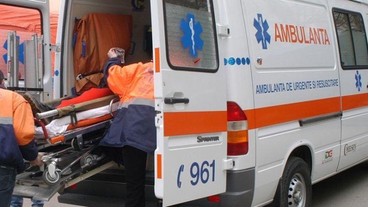 Un negreștean a accidentat un bărbat care traversa neregulamentar