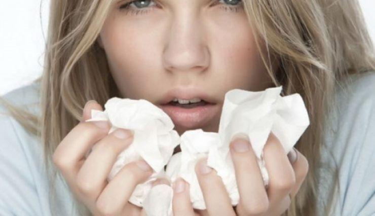 Tot mai mulţi sătmăreni răciţi şi cu pneumonie