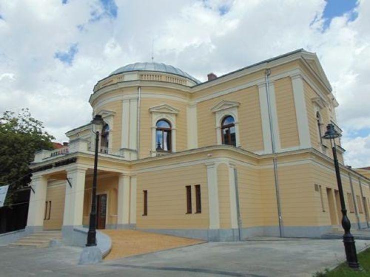 REVIZORUL după N.V. Gogol deschide stagiunea 2017-2018 la Teatrul de Nord