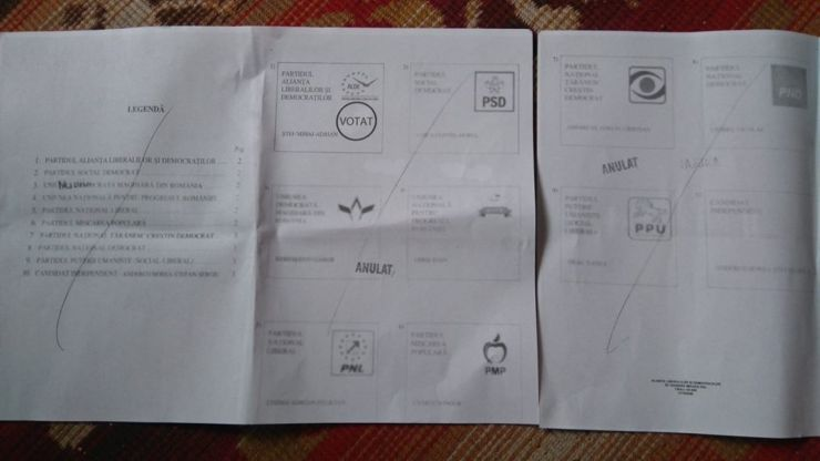 """Specimene de buletin de vot deja """"ștampilate"""" cu Ștef au fost distribuite în cutiile poștale (foto)"""