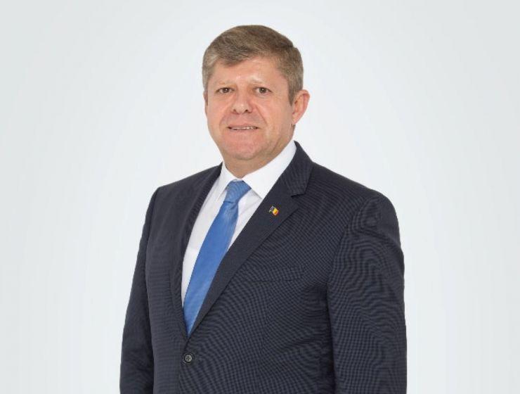 Deputatul Octavian Petric: Iohannis și PNL umilesc românii și le blochează dreptul la o viaţă mai bună