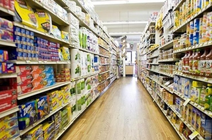 Un arădean a furat peste 40 de cutii de pastă de dinți dintr-un supermarket