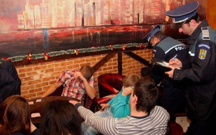 Peste 120 de chiulangii depistați de polițiști prin baruri