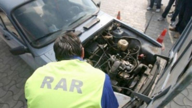 RAR, raport 2016: Aproape 1.000 dintre autovehiculele verificate în trafic aveau cel puţin un defect tehnic