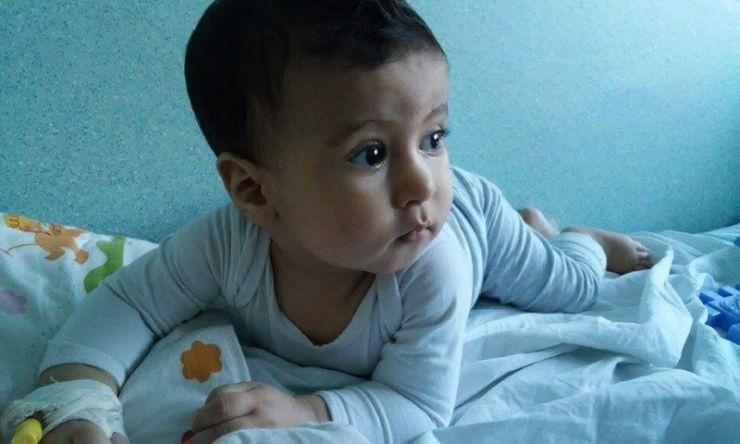Dragoș va fi operat! Vasile Lucuț a donat 20.000 de euro pentru salvarea bebelușului