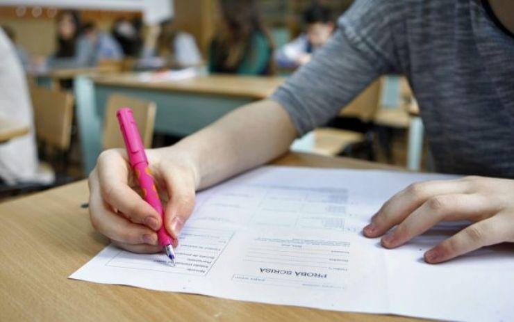 Simulare Evaluare Națională 2021 | 2029 de elevi au susținut proba de Limba și literatura română