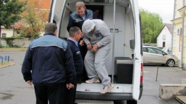 Traficant de droguri, prins de polițiști