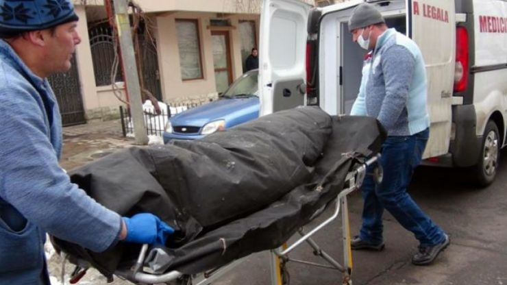 Un tânăr, de 21 de ani, a murit, după ce a încercat să sară gardul Centrului de Recuperare şi Reabilitare Neuropsihiatrică din Carei