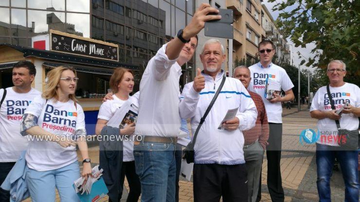 """FOTO Dan Barna, la Satu Mare: """"Entuziasmul este foarte mare, oamenii își doresc schimbare"""""""