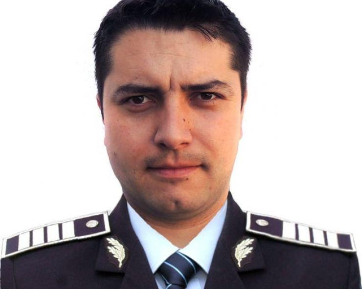 """Polițistul Joltan Radu a găsit o sumă de bani într-un bancomat. I-a înmânat """"uitucului"""""""
