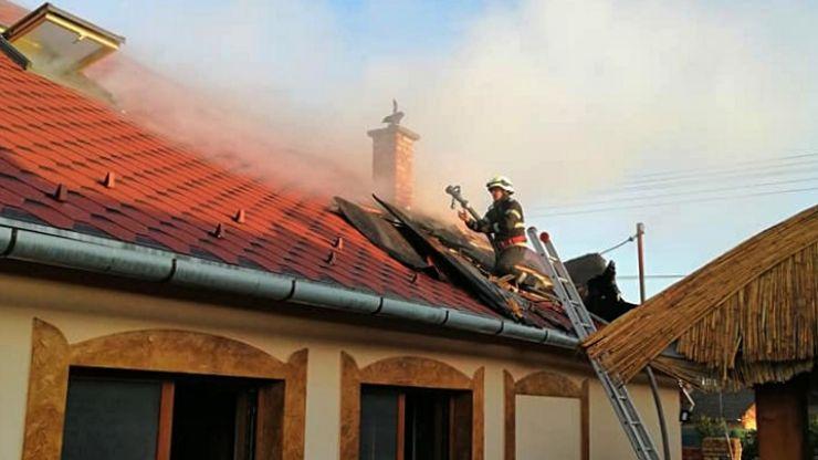Incendiu la o anexă gospodărească din Botiz