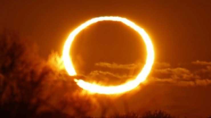 Eclipsa de soare poate fi văzută mâine din curtea Colegiului Naţional Mihai Eminescu