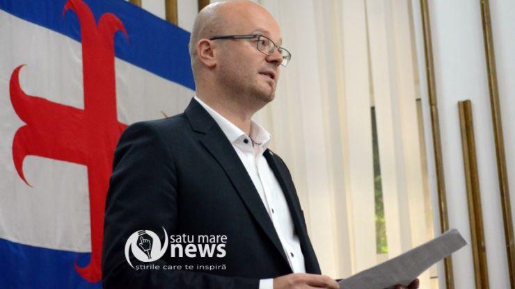 """Kereskenyi Gabor continuă să dea lecții jurnaliștilor, în special celor """"care au împins căruța PSD-ului"""""""