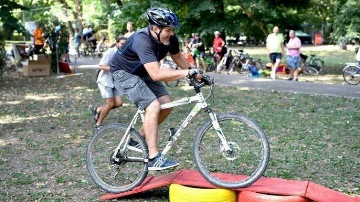 Concurs pentru iubitorii ciclismului