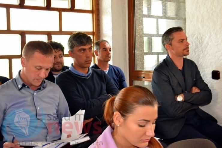 Proiectele privind cumpărarea fostului stadion Someșul și preluarea deșeurilor de la Cluj, amânate la propunerea UDMR